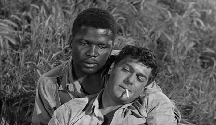 Sidney Poitier and Tony Curtis in a scene from the 1958 movie release, 'The  Defiant Ones'.   Classic film stars, Turner classic movies, Classic movies