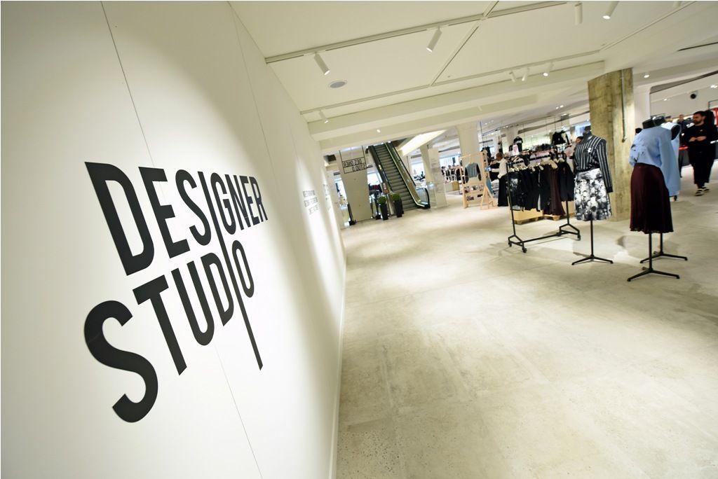 Interior Fantastic Graphic Design Studio Equipment Also Graphic