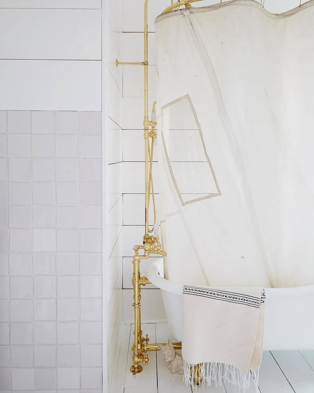 A sail used as a shower curtain(via Leanne Ford Interiors) #leannefordinteriors A sail used as a shower curtain(via Leanne Ford Interiors) #leannefordinteriors A sail used as a shower curtain(via Leanne Ford Interiors) #leannefordinteriors A sail used as a shower curtain(via Leanne Ford Interiors) #leannefordinteriors A sail used as a shower curtain(via Leanne Ford Interiors) #leannefordinteriors A sail used as a shower curtain(via Leanne Ford Interiors) #leannefordinteriors A sail used as a sho #leannefordinteriors