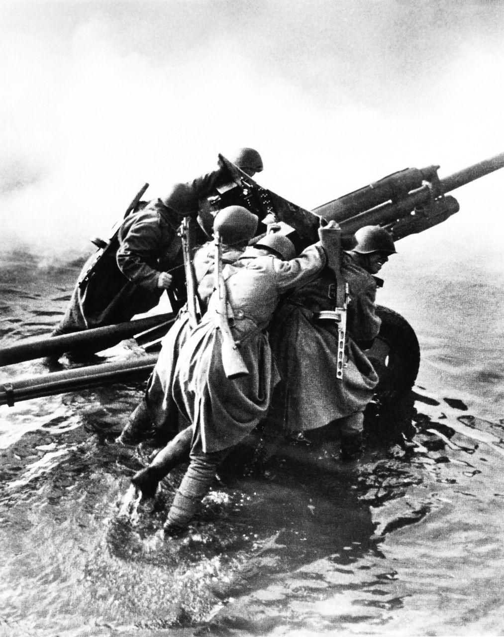 Строгино, картинки с войны