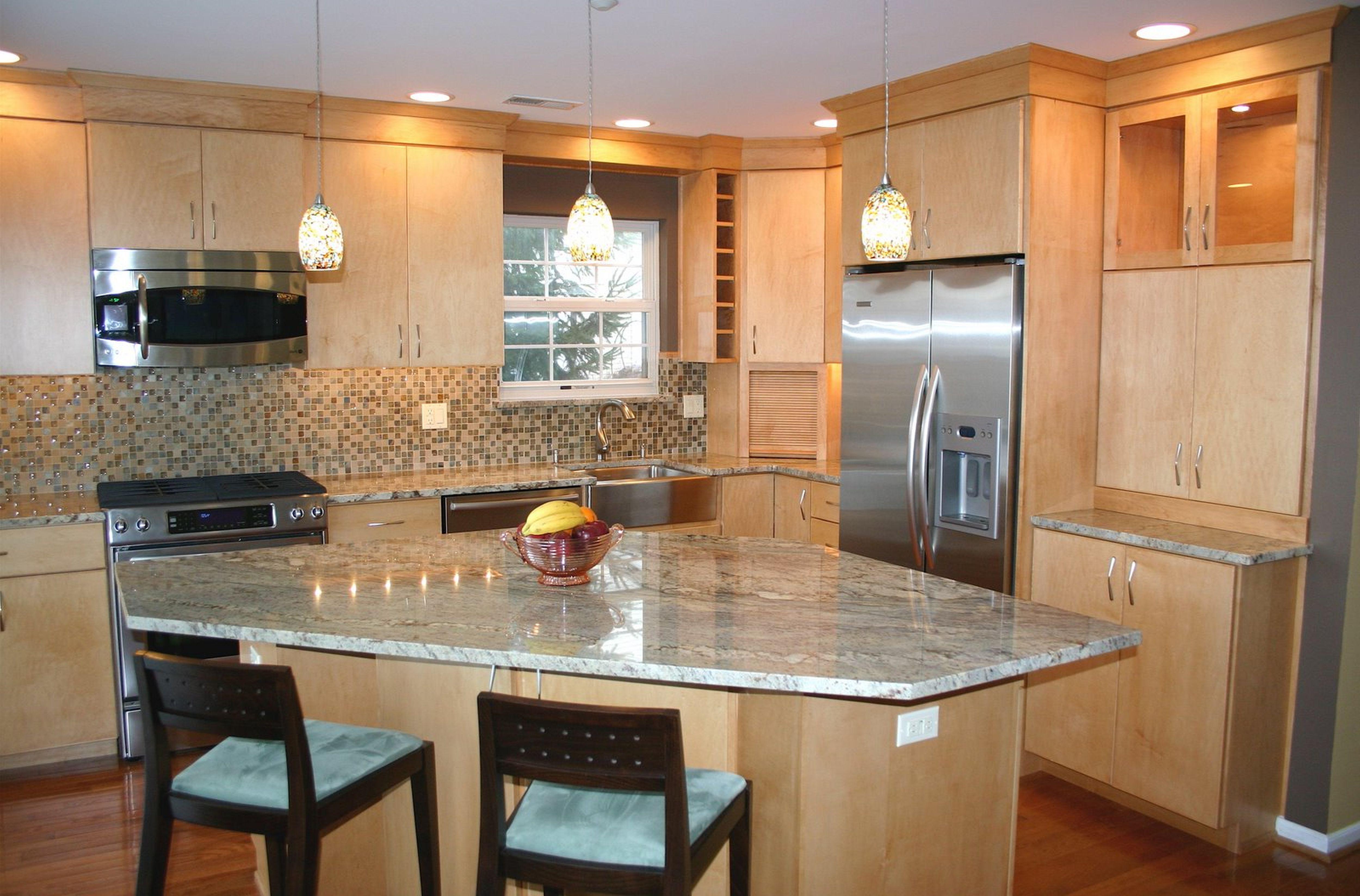 Appealing Tile Backsplash Ideas For Best Kitchen Decoration With Maple Wood Kitchen Cabinet Simple Kitchen Design Kitchen Design Open Kitchen Layout