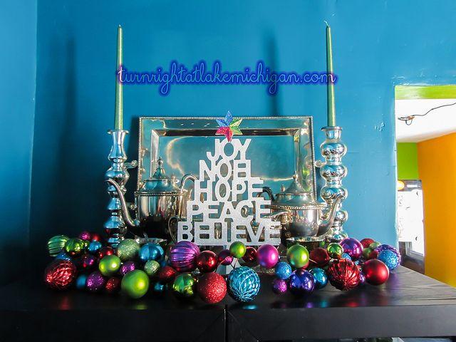 Merry & Bright. {The L'Casa Wharzinger Holiday Home Tour 2013} via turnrightatlakemichigan.com