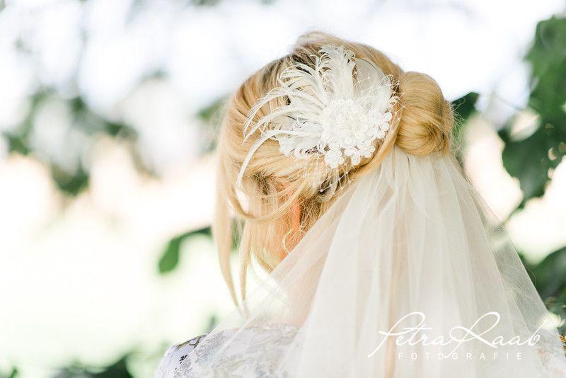 Brautschleier Schleierabschluss Braut Haarschmuck Feder Pre8 Ein Designerstuck Von Perle Wismer Bei Dawanda Haarschmuck Braut