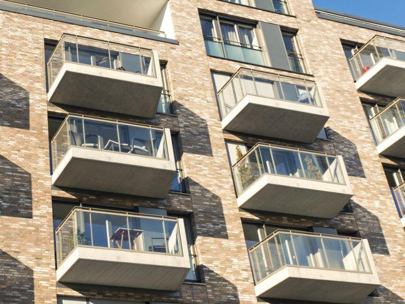 Que disent les normes de construction pour les balcons