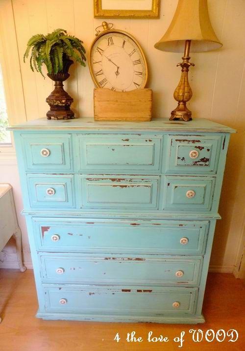 turquoise kroehler dresser  http://4theloveofwood.blogspot.ca/2012/05/time-turquoise-kroehler-dresser.html#
