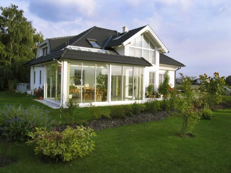 Wintergarten Auf Dem Dach moderner wintergarten mich schiebetüren und lichtband im dach
