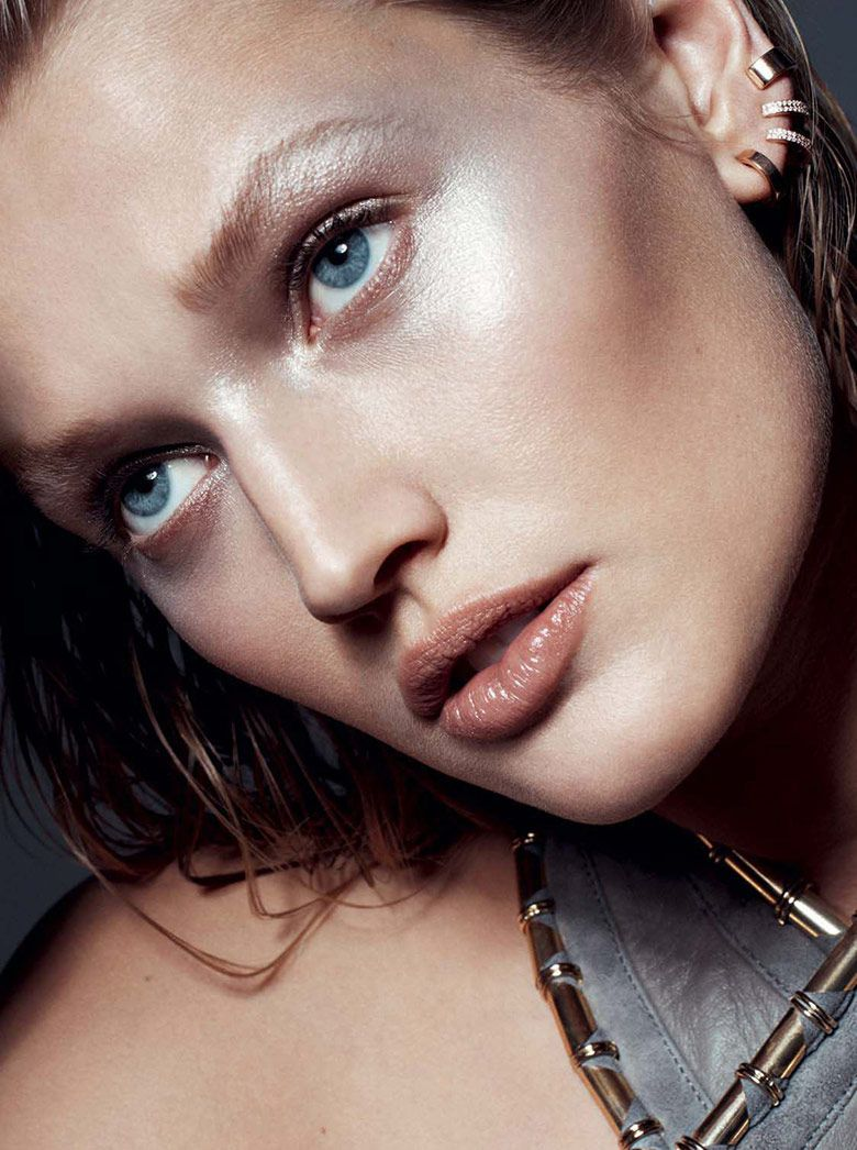 Photo Toni Garrn for L'Express Styles December 2014