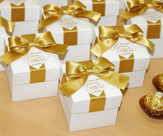 Gold Personalized Wedding Bonbonniere Wedding Favors Boxes With
