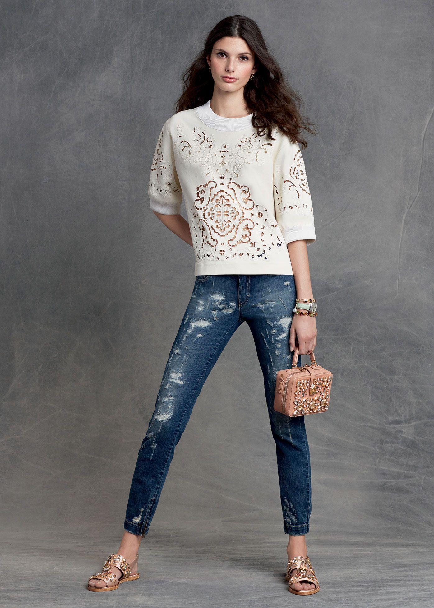 f14c95efd8cf Dolce   Gabbana Abbigliamento Donna Inverno 2016 Moda Sportiva