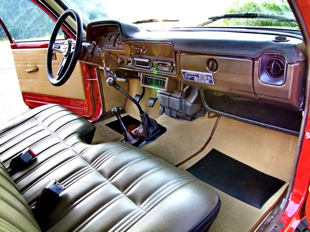 Toyota hilux ln 46 vintage fully restored by motorsportloralamia www motorsportloralamia com