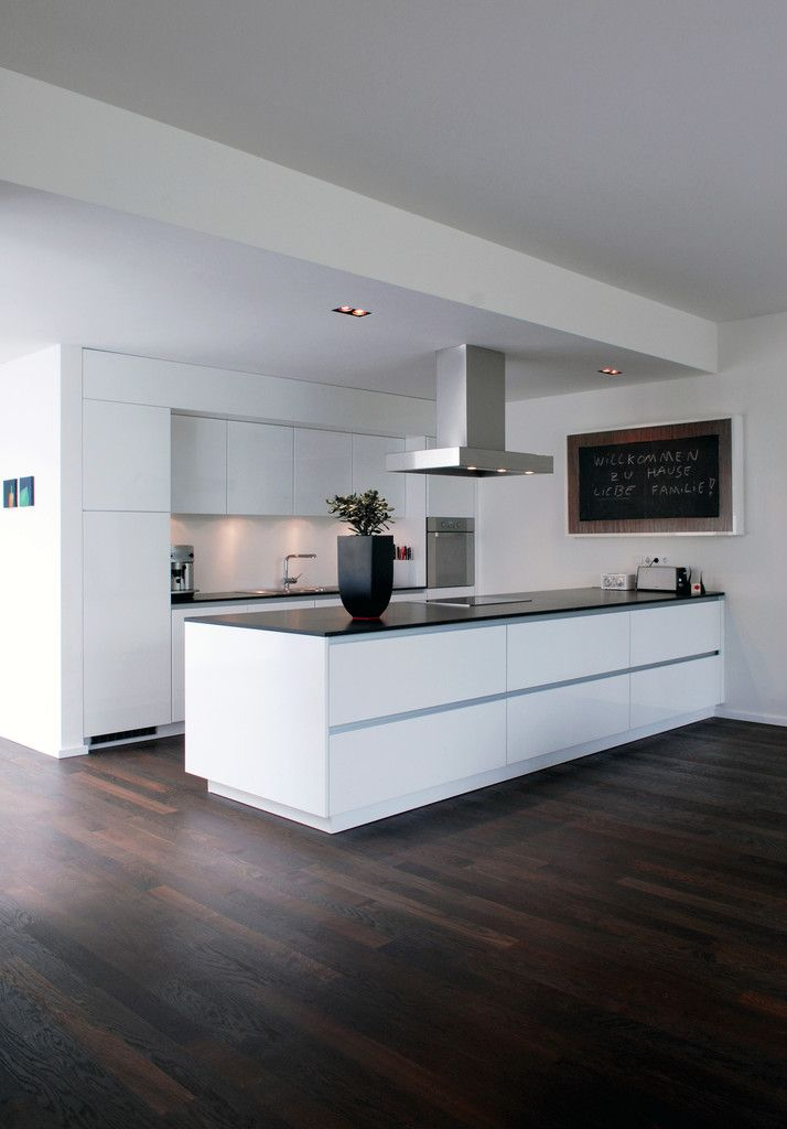 wohnhaus bonn moderne k che von corneille uedingslohmann architekten in 2018 wohnen. Black Bedroom Furniture Sets. Home Design Ideas