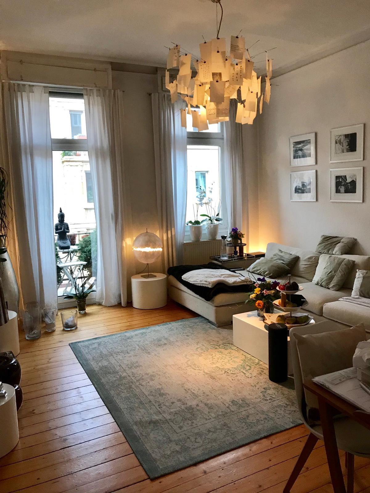 Gemütliches WG Wohnzimmer   Kleine wohnung einrichten wohnzimmer, Wohnzimmer ideen wohnung ...