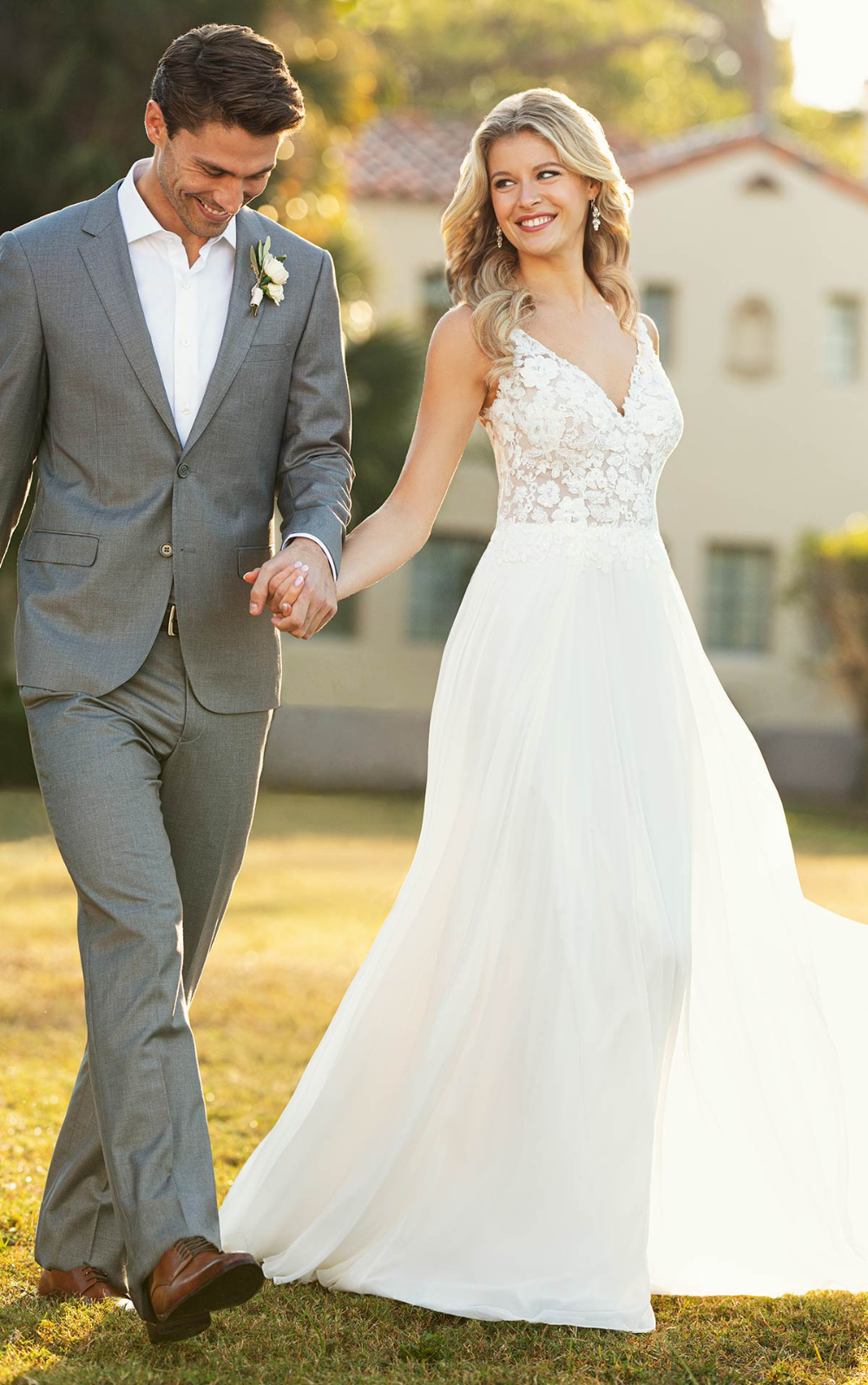 Elegant Beach Wedding Dress With Lace And Chiffon Stella York Wedding Dresses In 2020 Stella York Wedding Dress A Line Wedding Dress Bridal Couture