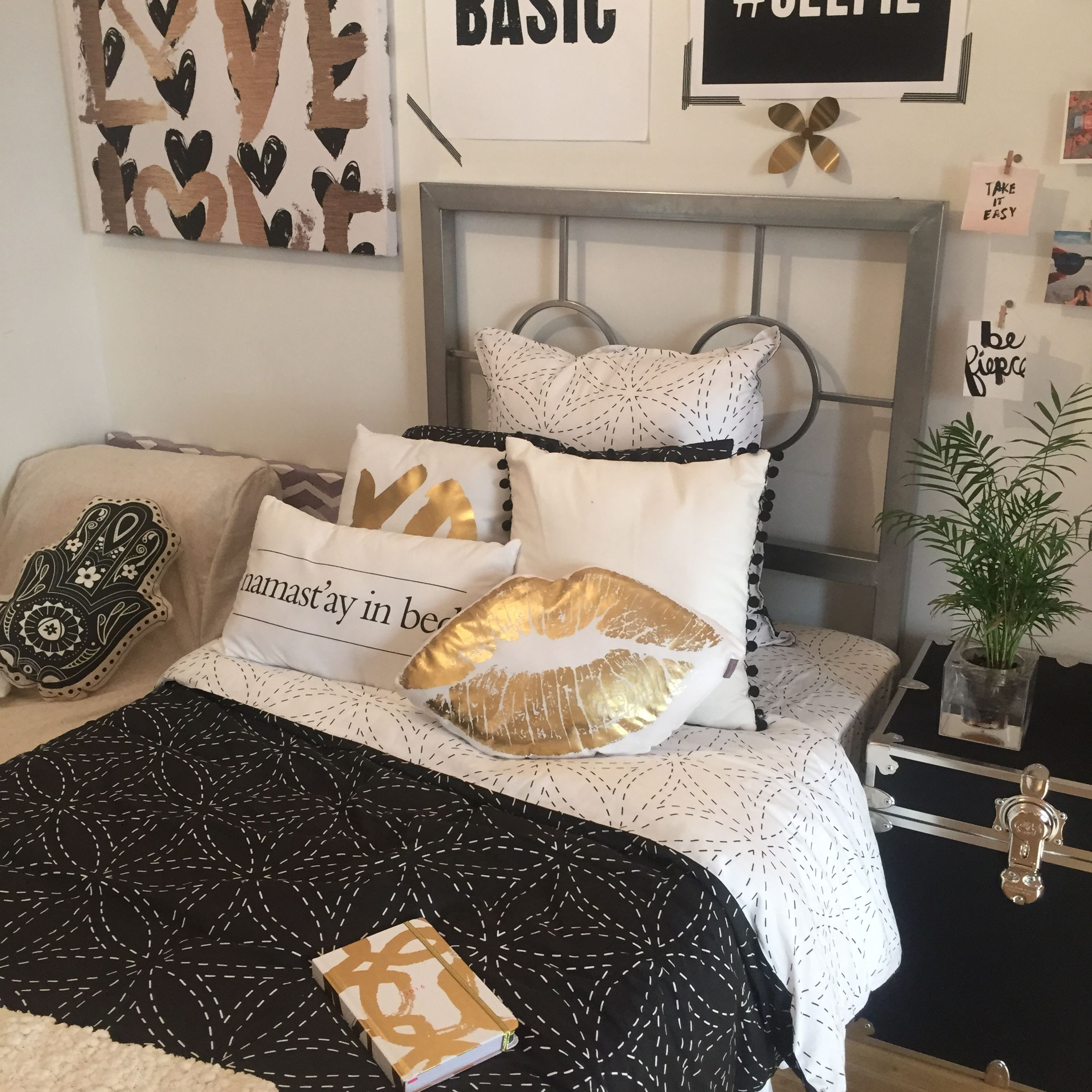 Black gold dorm tours pinterest for Black white and brown bedroom ideas