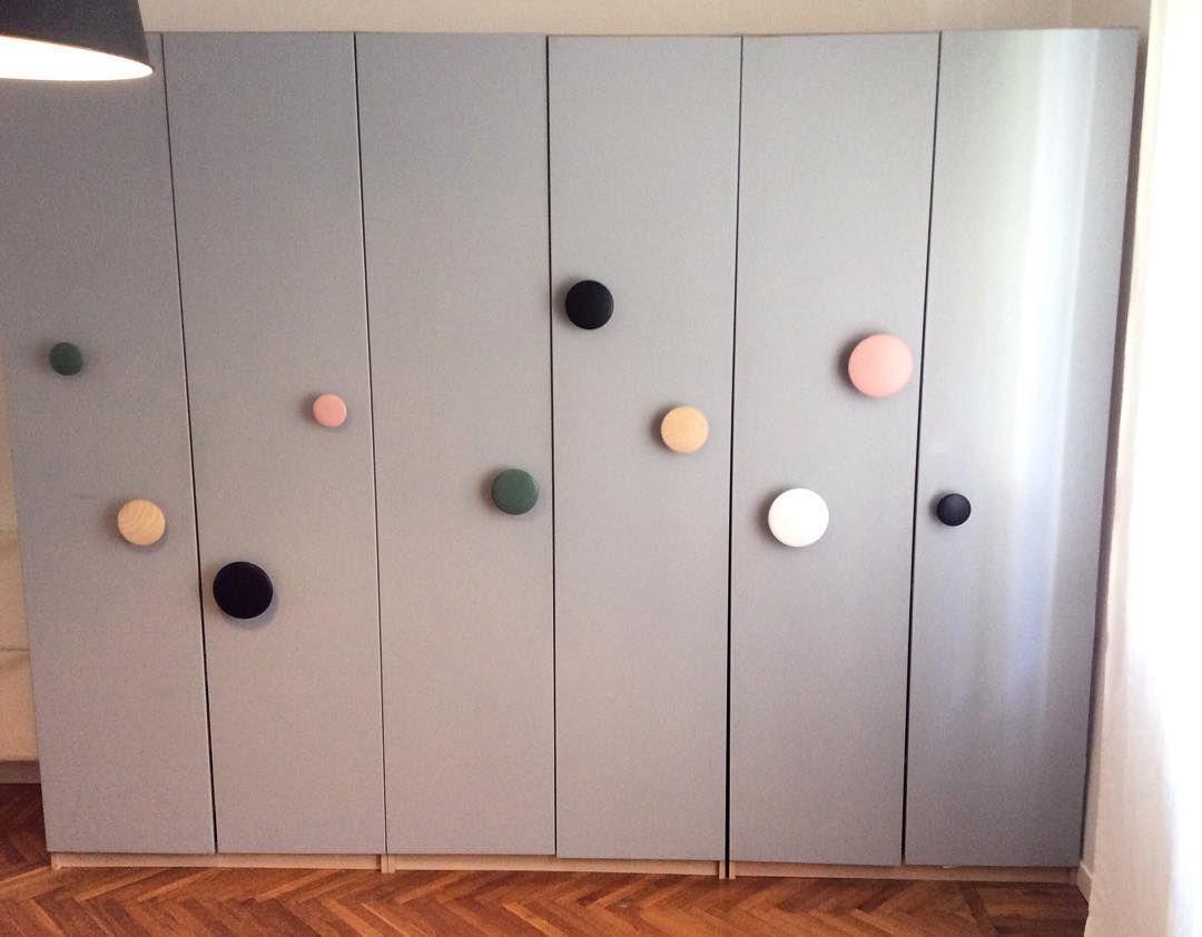 Armadio Cameretta Bambini Ikea ikea wardrobe hacked with muuto dots and gray paint #ikea