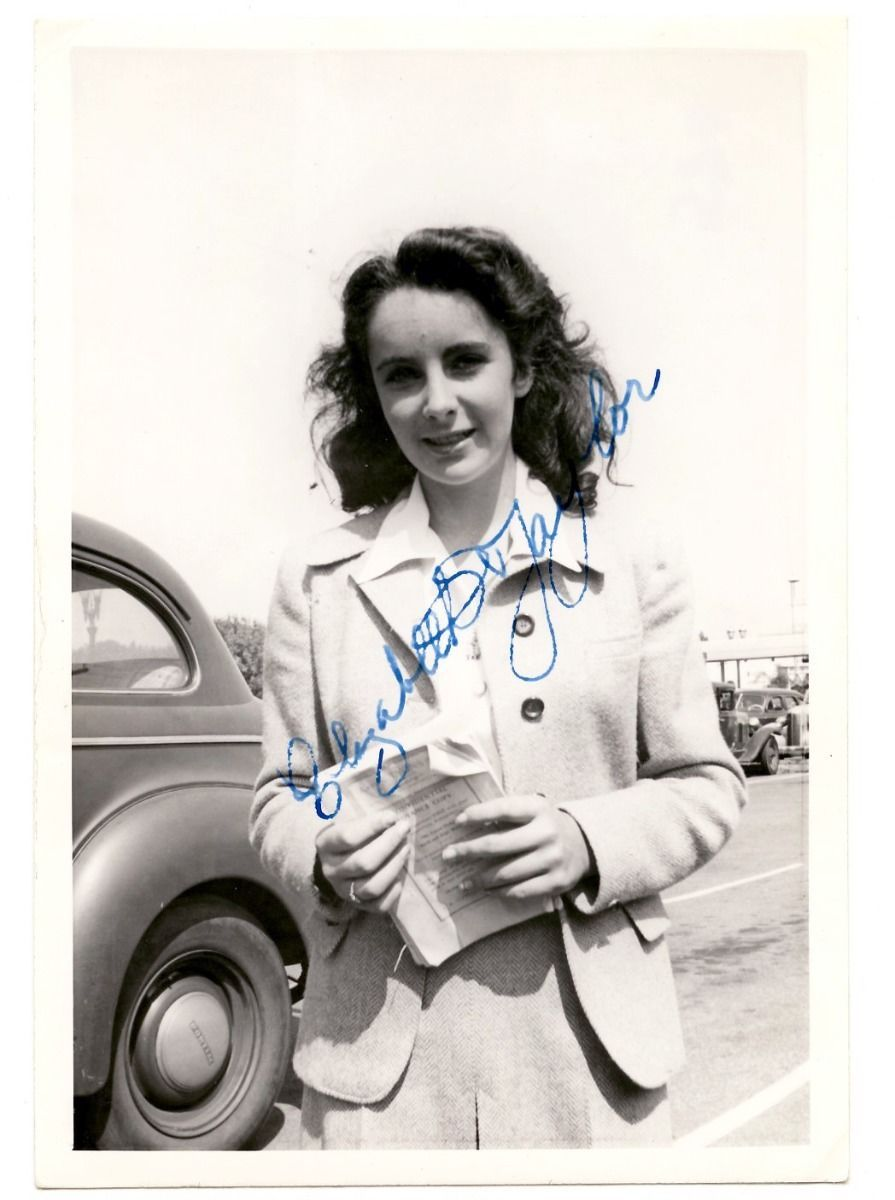 Elizabeth Taylor RARE Early Vintage 1940s Signed Never Seen Photograph Autograph | eBay
