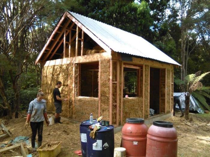 diy strawbale house