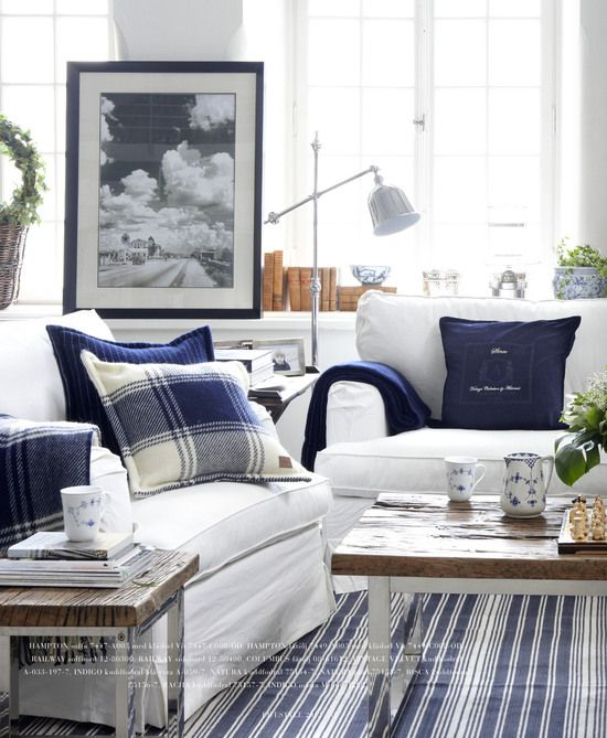 Decorating With Navy And White Beach Theme Living Room Cottage