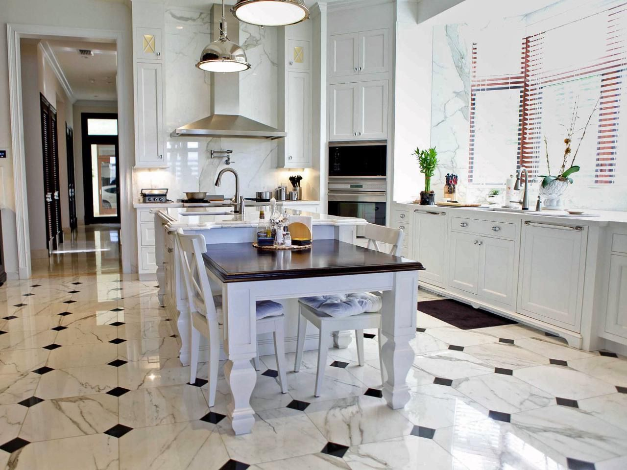 Black And White Ceramic Tile For Traditional Kitchen Flooring Unique Black And White Tile Designs For Kitchens 2018
