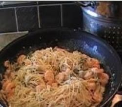 Angel Hair Pasta with Shrimp in Alfredo Sauce Recipe Video by pastryparrot1 | ifood.tv