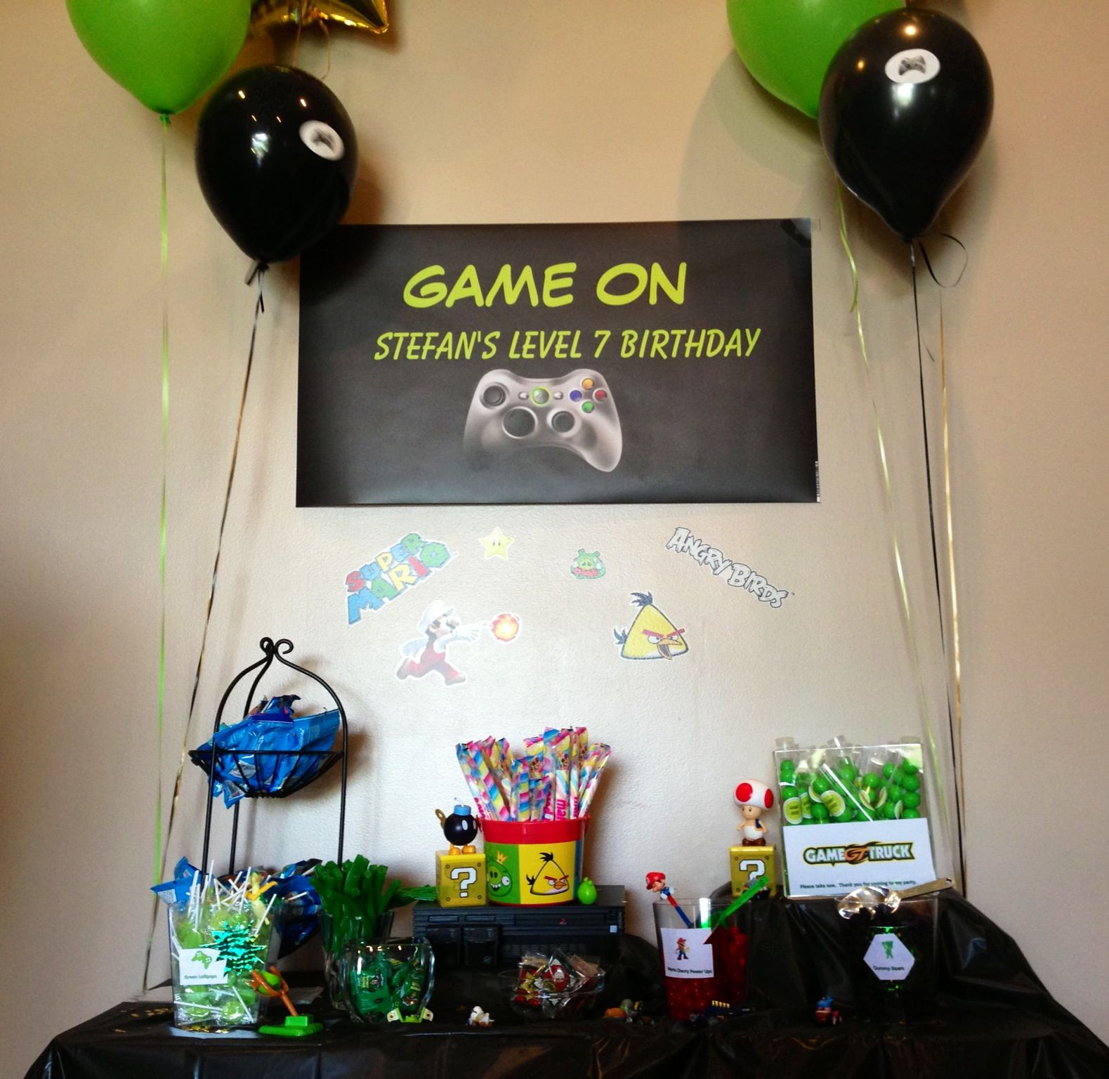 Our game truck party Video games birthday party