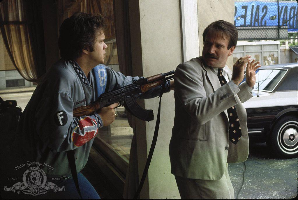 Cadillac Man Robin Williams and Tim Robbins Image (5) | Movies ...