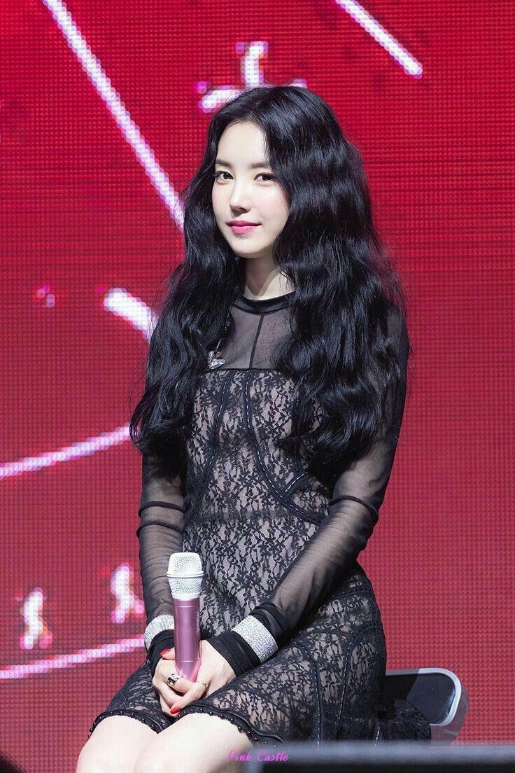 Naeun apink #kpop #gilrs #fashion | Apink naeun, Cute ...