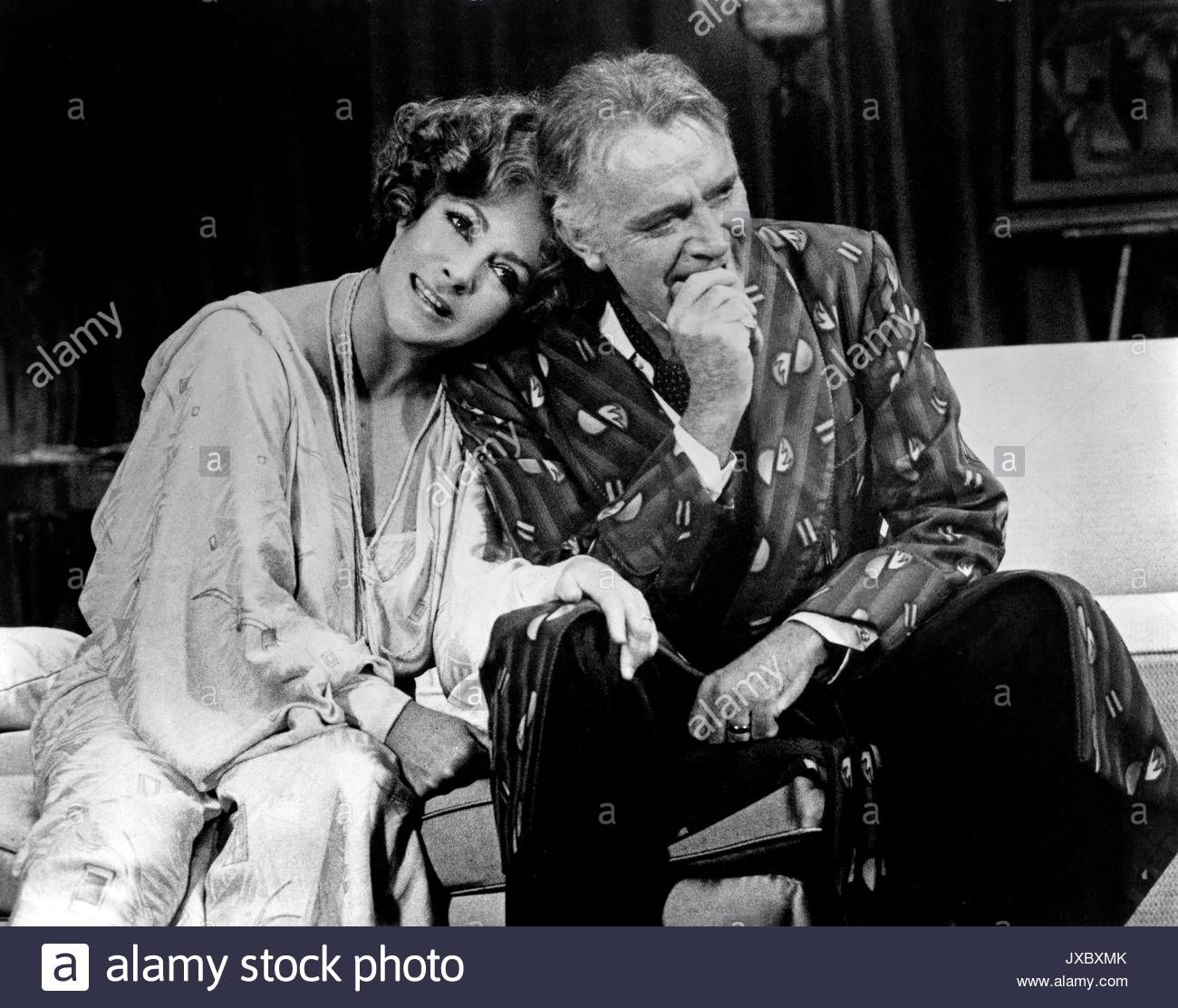 Download This Stock Image Private Lives Theaterstuck Nach Noel Coward Usa 1980 Regie Mi Elizabeth Taylor Burton And Taylor Richard Burton Elizabeth Taylor