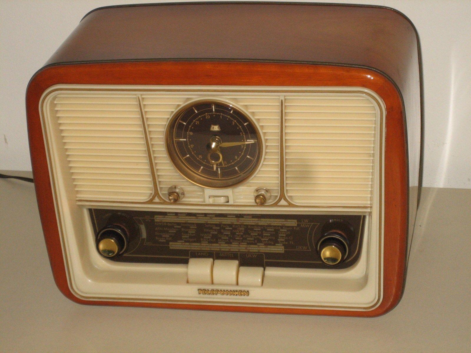 Details zu Röhrenradio Telefunken Jubilate mit Uhr, funktioniert ...