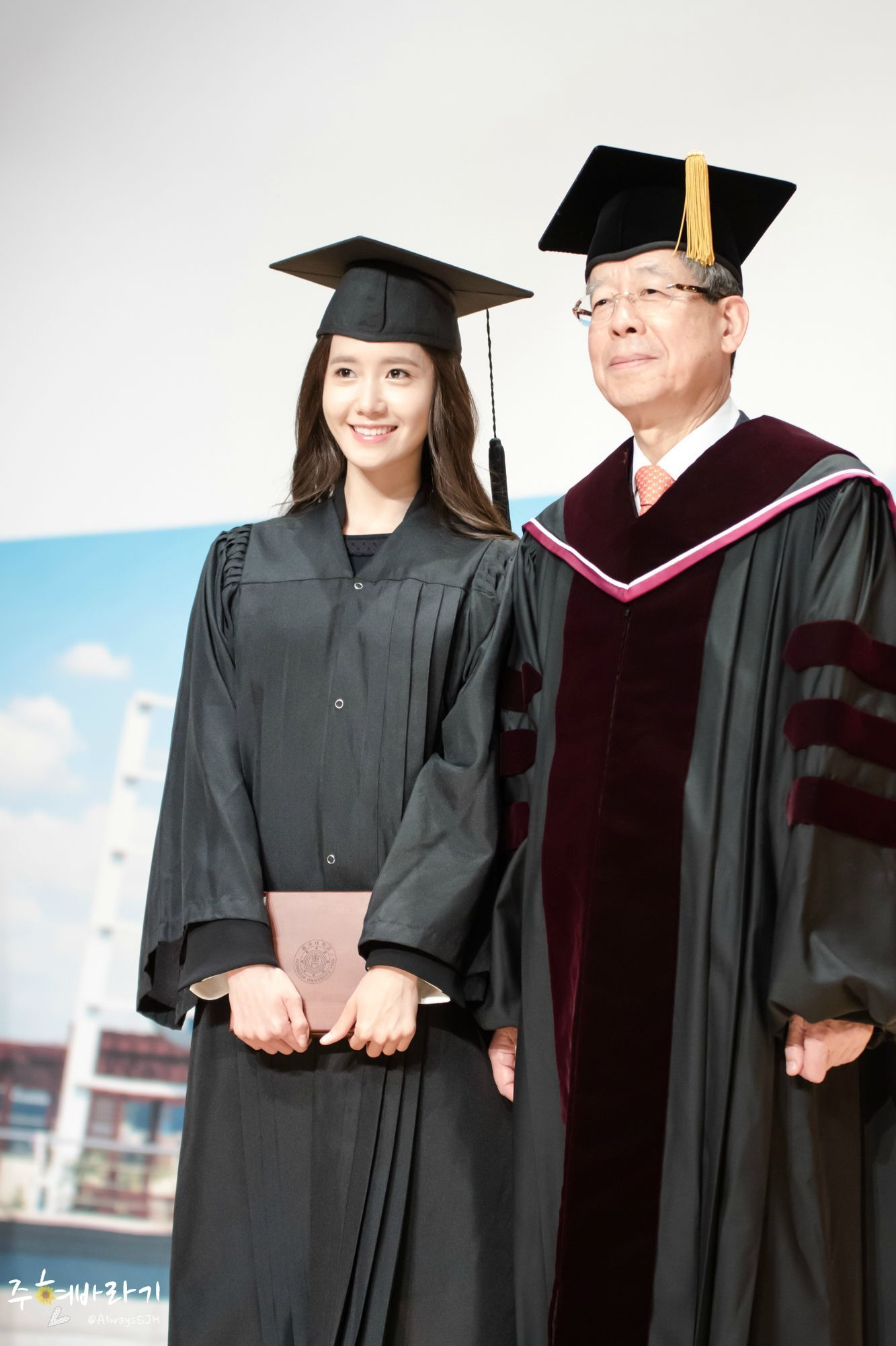 #Yoona #윤아 #ユナ #SNSD #少女時代 #소녀시대 #GirlsGeneration 150224 Graduation from Dongguk University AlwaysSJH