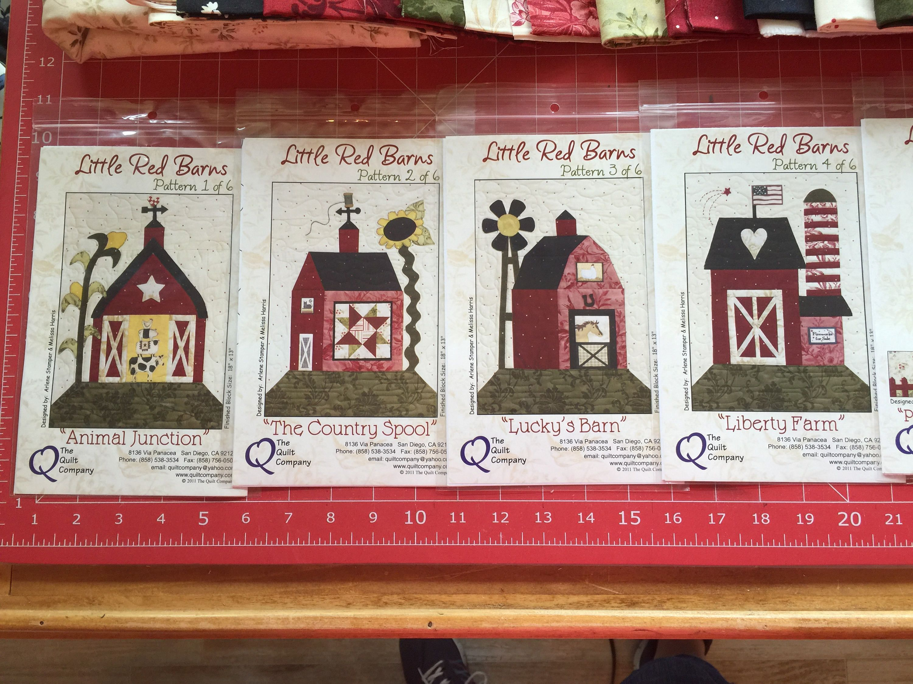 Handmade Quilt Little Red Barn by AntiqueThreadQuilts on Etsy