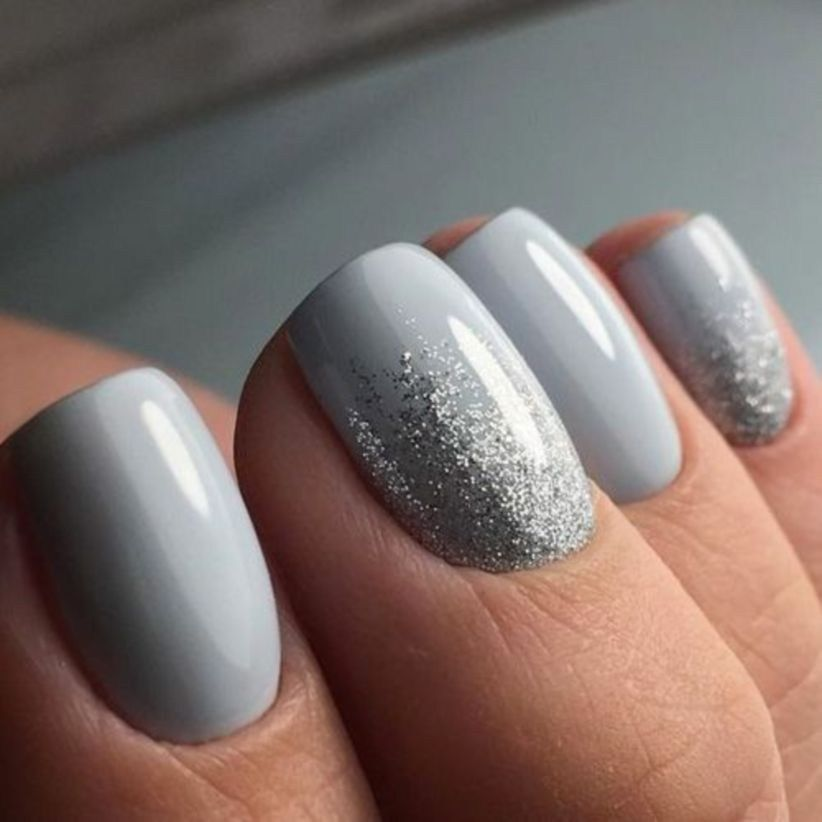 pretty winter nail design