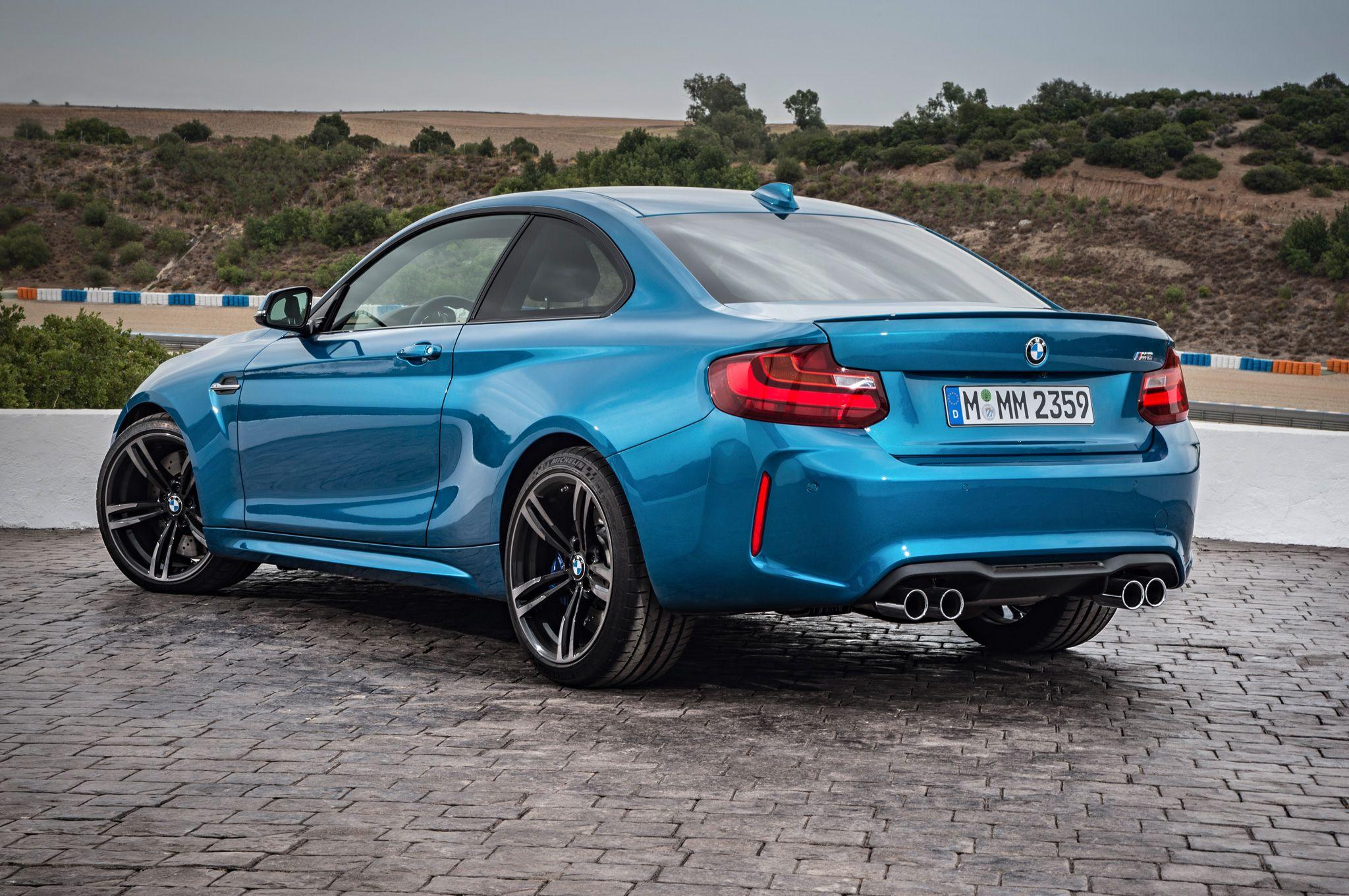 2016 BMW M2 Coupe rear three quarter 032 | Dream Car ...