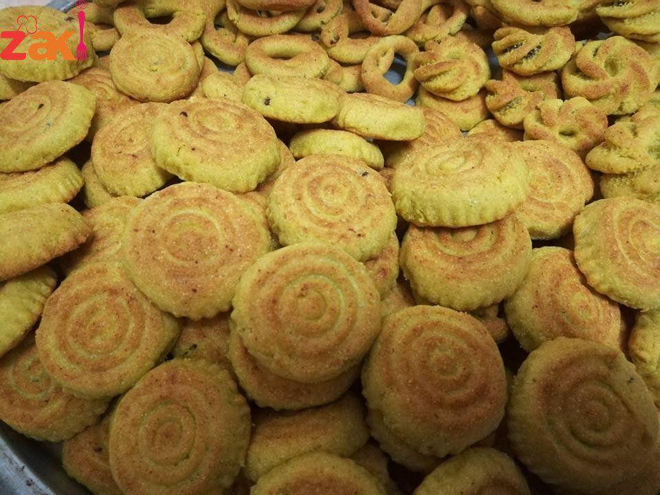 معمول بالسميد احفظوا الوصفة لعيد الأضحى فورا زاكي Food Desserts Cookies