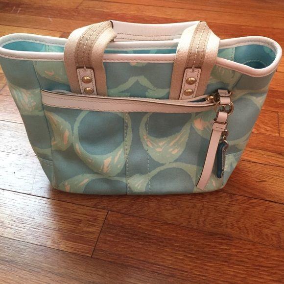 Coach mini bag Coach mini bag. Used. Exclamation point keychain(detachable). Coach Bags Mini Bags