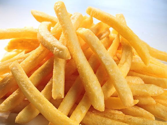 Statt Pommes frites in Ketchup und Mayo zu tunken, können neugierige McDonald's-Kunden die frittierten Kartoffeln nun in weiße und dunkle Schokolade dippen.