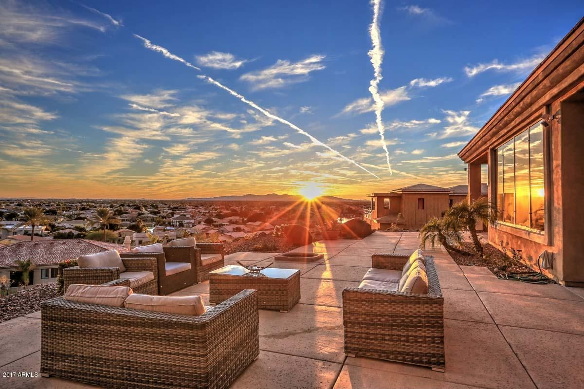 5149 W Arrowhead Lakes Drive For Sale In Glendale Arizona Natesluxuryhomes Arizona Real Estate Glendale Glendale Arizona