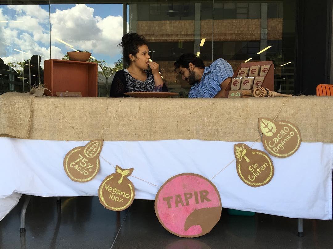 Chocolates #tapir también fue parte de la feria #70ln en el trabajo. #tapir #food #chocolate #costarica