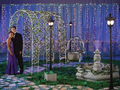 french quarter theme decorations Prom Themes Rose Holeman Prom