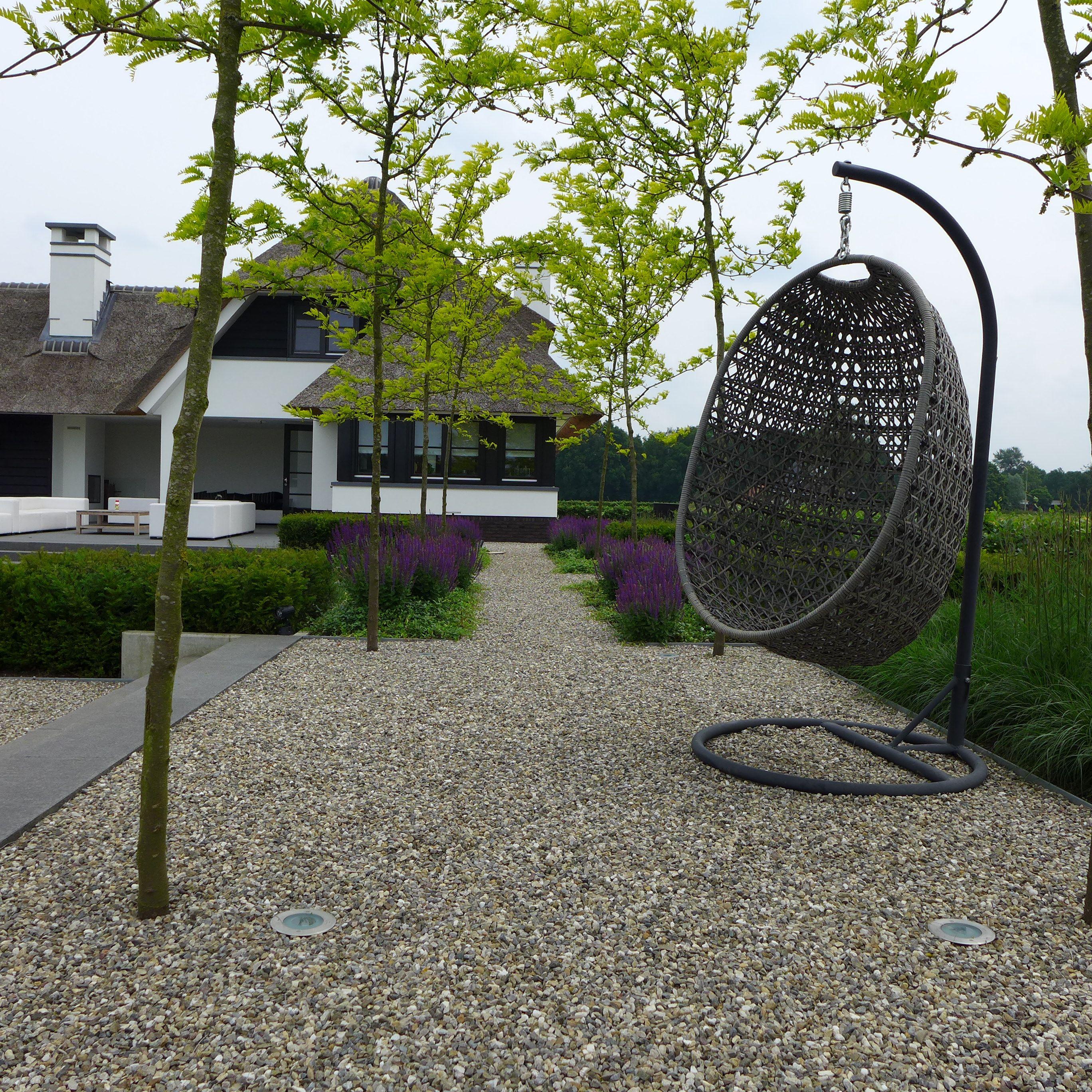 Moderne tuin hang stoel riet tuinmeubelen www for Stoel tuin
