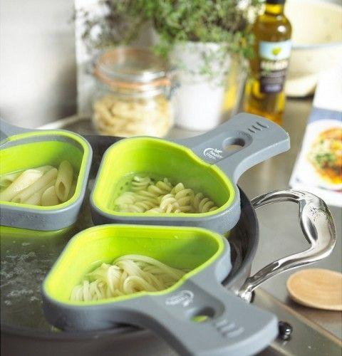 El accesorio perfecto para cocinar varios tipos de pasta a la vez.