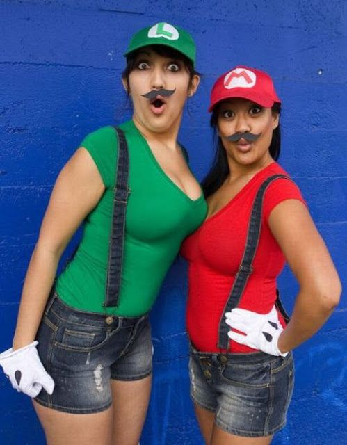 DIY Mario and Luigi Halloween costumes  sc 1 st  Pinterest & DIY Mario and Luigi Halloween costumes | Halloween | Pinterest ...