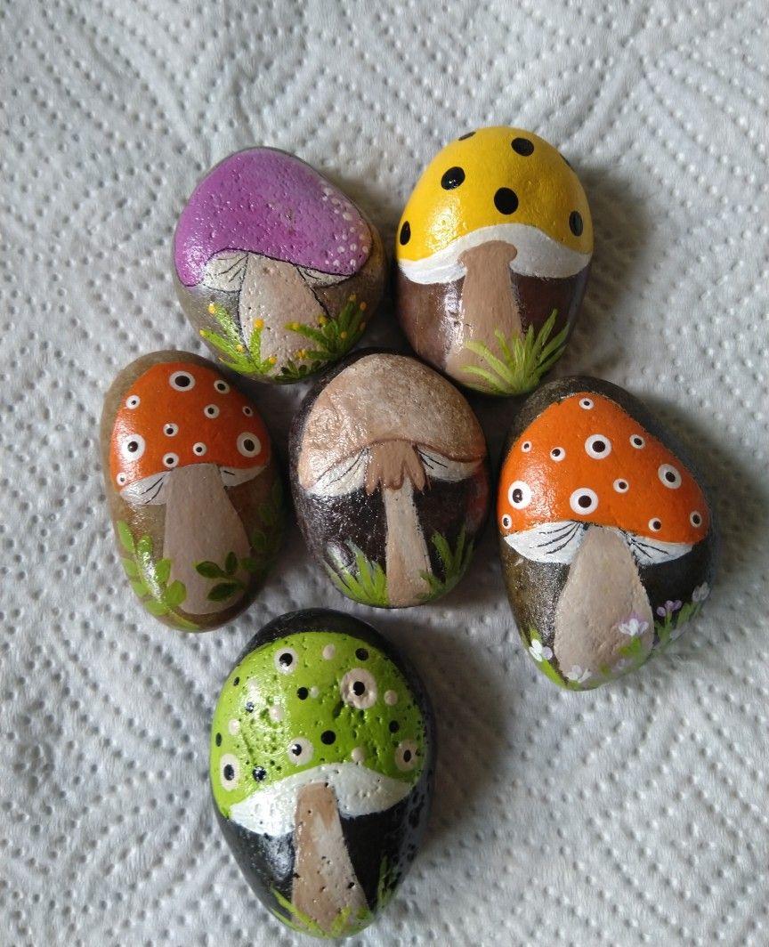 Pin By Katherine Alvarez On Painted Rocks Rock Painting Patterns Painted Garden Rocks Rock Painting Designs