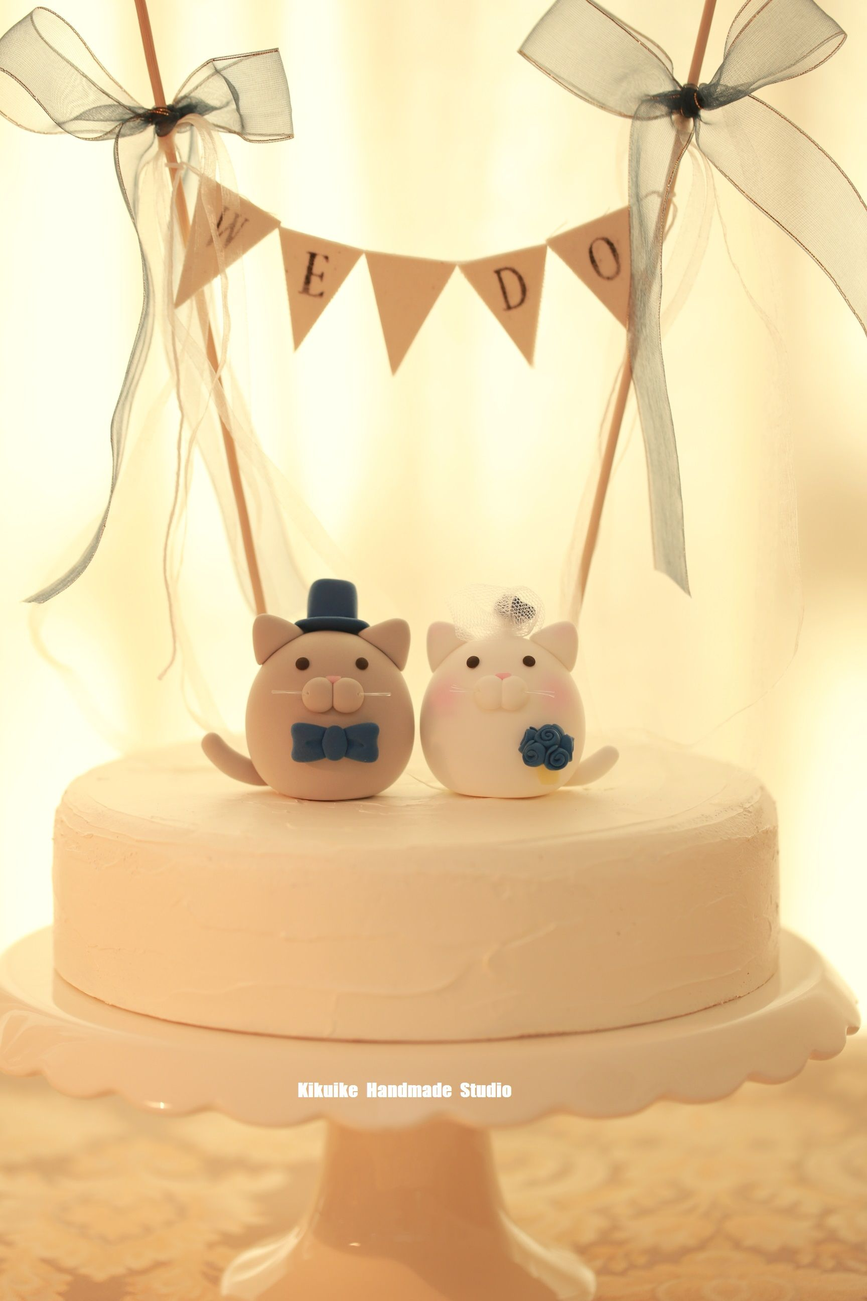 kitty and Cat wedding cake topper | Custom wedding cake toppers ...