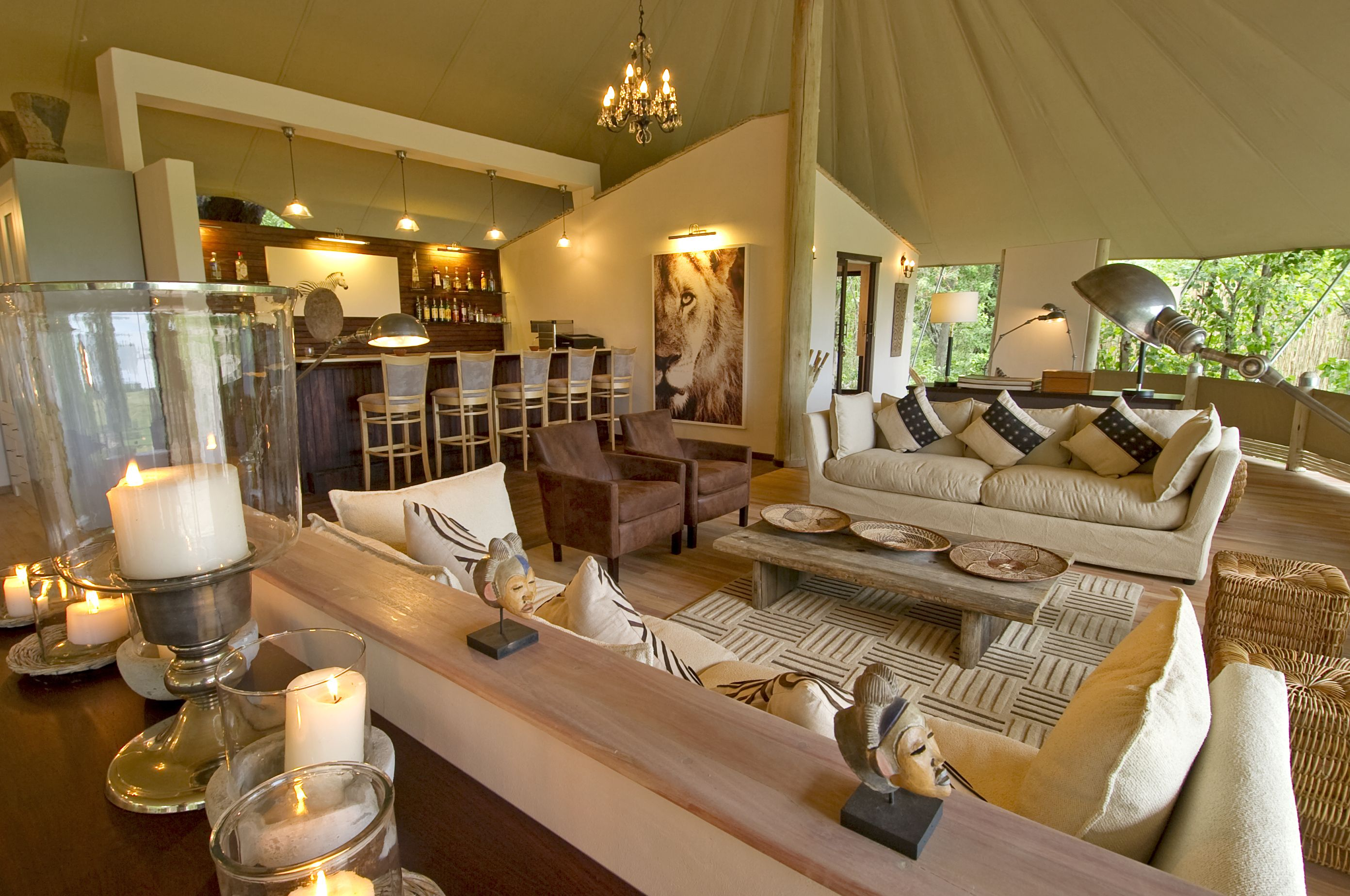 Decorate Your Home in African Safari Style - Photos - Condé Nast ...