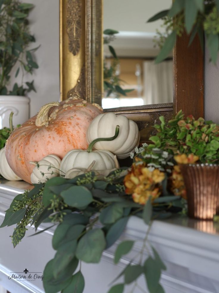 Romantic Fall Mantel in Shades of Burnished Copper #fallmantledecor