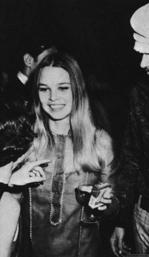 michelle phillips relationships