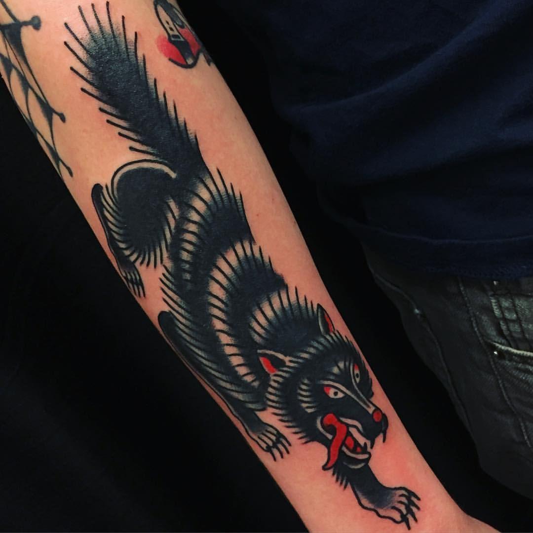 Oldskooltatoo Wolf Tattoo Traditional Wolf Tattoos Hawaiian Tattoo