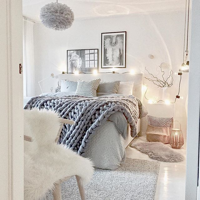 50k Waking Up The Day Before Christmas Realizing That I Ve Passed 50 000 Followers Feeling So Humbled Proud And Hap Schlafzimmer Design Wohnen Zimmer