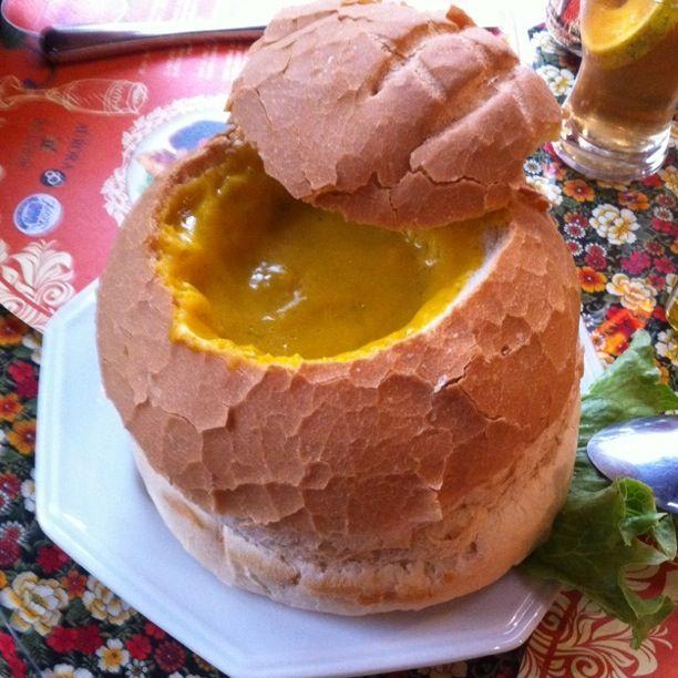 Receita de Creme de Abóbora no Pão Italiano | Fácil, Rápida e Simples - Receitas Demais